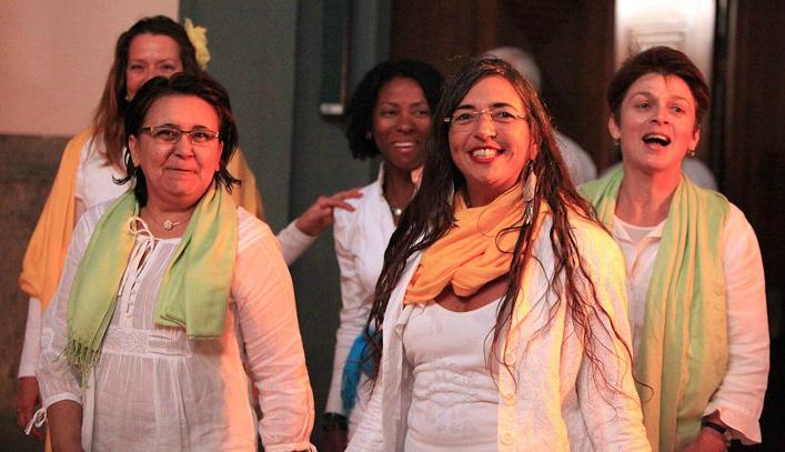 Mit einigen Chorkolleginnen von brasil. Chor Encanto Stuttgart2